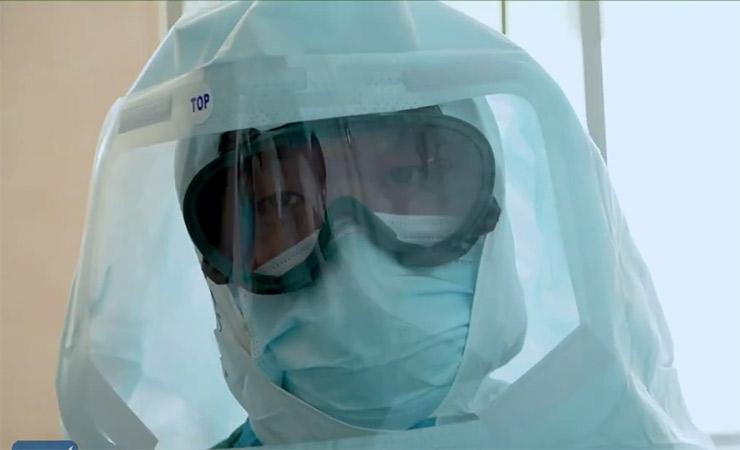 zespół intubacji w Wuhan